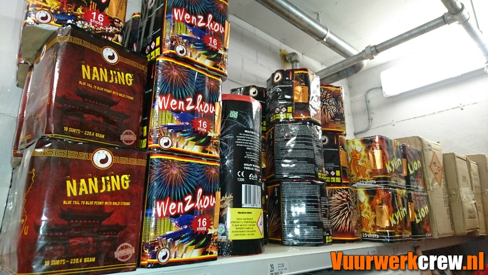 Vos Ijzerhandel Huizen : Vuurwerk huizen vos ijzerhandel pagina 19