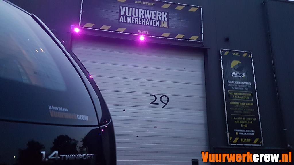 Winkelbezoek Vuurwerk Almere Haven 2